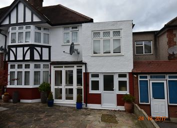 Thumbnail 1 bed flat to rent in Hoodcote Garden, Winchmore Hill