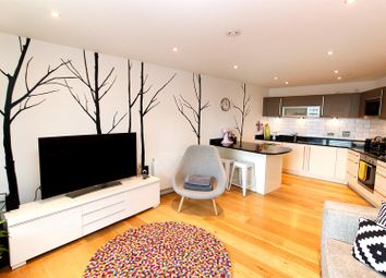 Thumbnail 2 bed flat for sale in Candle House, Wharf Approach, Leeds
