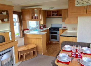 2 bed mobile/park home for sale in Rottenstone Lane, Scratby, Great Yarmouth NR29