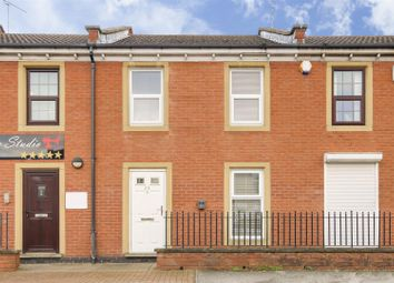 Property for sale in High Street, Arnold, Nottinghamshire NG5