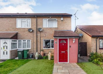 Bowmont Drive, Hawkslade, Aylesbury HP21. 2 bed end terrace house for sale