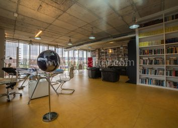 Thumbnail Office for sale in Mataró, Mataró, Spain