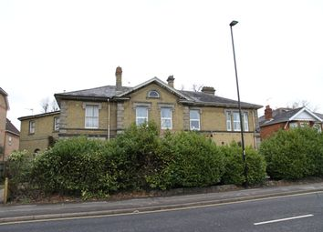 Thumbnail 3 bed flat to rent in Winchester Road, Southampton