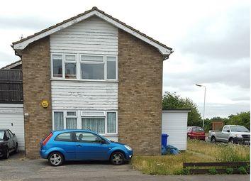 Thumbnail 2 bedroom maisonette to rent in Upminster Road North, Rainham