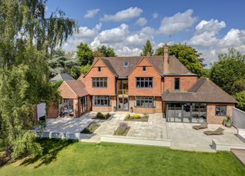 Thumbnail 5 bed detached house to rent in Burkes Road, Beaconsfield