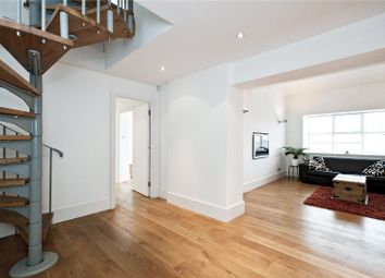 3 bed property for sale in Holloway Road, London N7