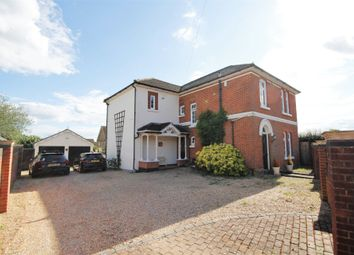 Swanwick Lane, Lower Swanwick, Southampton SO31. 4 bed detached house