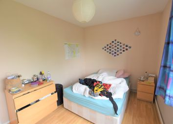 Thumbnail 4 bed flat to rent in Wimbledon Park Road, Southfields