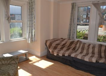 Thumbnail 4 bed flat to rent in Portswood Road, Southampton