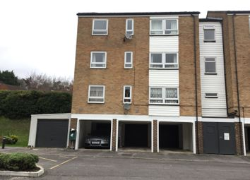 Thumbnail 4 bed flat to rent in Woolford Close, Winchester