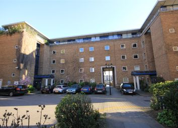 Thumbnail 1 bed flat to rent in Jardine Road, Wapping
