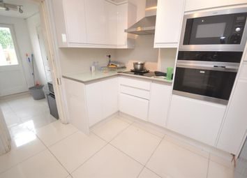 Thumbnail 1 bed detached house to rent in Basingstoke Road, Reading