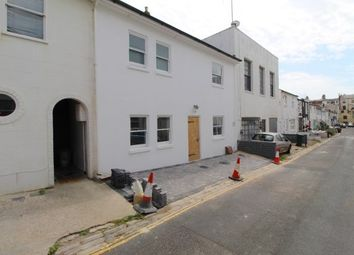 2 bed property to rent in Brunswick Street West, Hove BN3