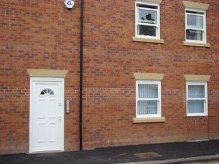 Thumbnail 2 bed flat to rent in Hoxton Road, Scarborough