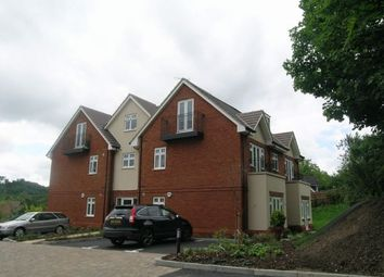Thumbnail 2 bed flat to rent in Folleys Place, Loudwater, High Wycombe