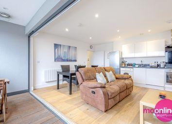 Elstree Way, Borehamwood WD6. 2 bed flat
