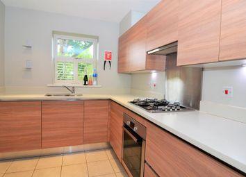 4 bed property to rent in Woodbine Close, Twickenham TW2