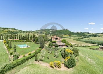 Thumbnail 9 bed farmhouse for sale in Strada Per Pienza, Montepulciano, Siena, Tuscany, Italy