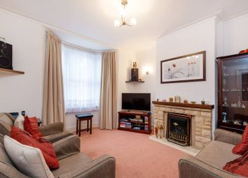 2 bed property for sale in Pawsons Road, Croydon CR0