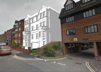 Thumbnail Detached house for sale in Alexandra Road, Hemel Hempstead