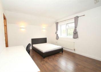 Room to rent in Hawthorn Drive, Denham, Buckinghamshire UB9