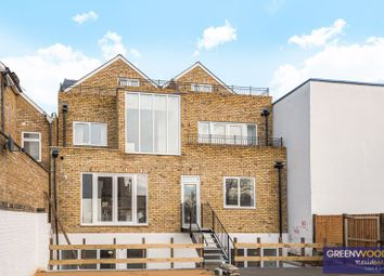 Canbury House, Richmond Road, North Kingston KT2. 3 bed flat for sale