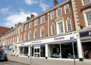 Thumbnail 1 bed flat to rent in New Zealand Avenue, Walton On Thames, UK