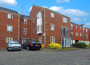 Thumbnail 2 bedroom flat to rent in Fulwell Close, Banbury, Oxfordshire