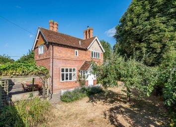 Thumbnail 3 bed cottage for sale in Dinton, Aylesbury