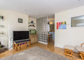 Thumbnail 3 bedroom flat to rent in Canrobert Street, London