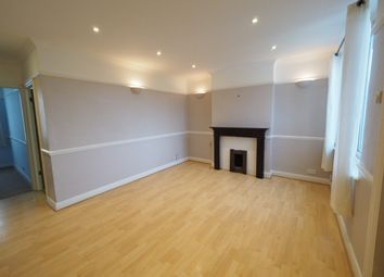 2 bed maisonette to rent in Penton Avenue, Staines TW18