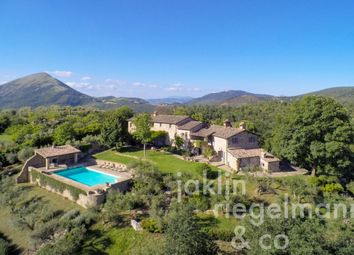 Thumbnail 5 bed country house for sale in Italy, Umbria, Perugia.