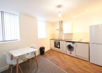 2 bed flat to rent in King Cross Street, Halifax HX1