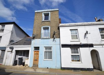 Thumbnail 1 bed maisonette to rent in Castle Street, Ryde