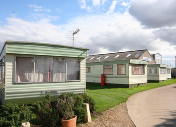 Thumbnail 2 bed mobile/park home to rent in Windcatch Caravan Park, Spalding