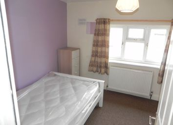 Thumbnail Room to rent in Cabell Road, Guildford