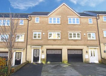 Thumbnail 5 bed terraced house for sale in Pilgrim Approach, Gainsborough