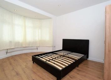 Thumbnail 3 bed flat to rent in Hill View Gardens, London