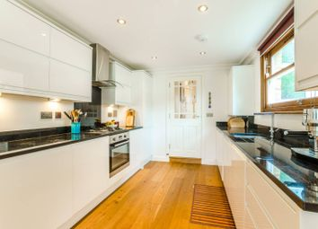 Thumbnail 2 bed flat to rent in Victoria Road, Stroud Green