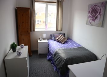 Thumbnail Room to rent in Blenheim Drive, Wednesbury