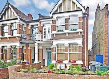 Thumbnail 1 bedroom flat for sale in Beacontree Avenue, London