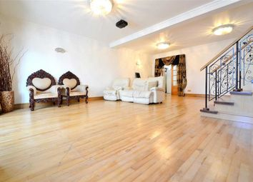 Thumbnail 7 bed terraced house to rent in Carlyle Road, Large Seven Bedroom Properties, London