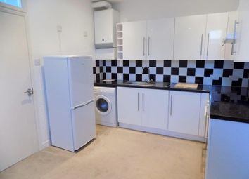 Thumbnail 1 bed flat to rent in Braddons Hill Road East, Torquay