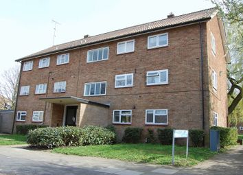 Thumbnail 2 bed flat to rent in Field Road, Hemel Hempstead
