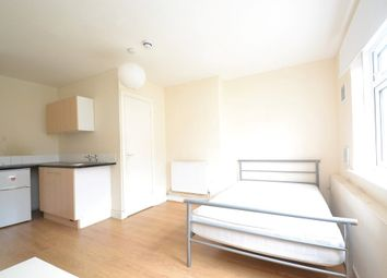 Thumbnail Studio to rent in Wyther Park Hill, Leeds