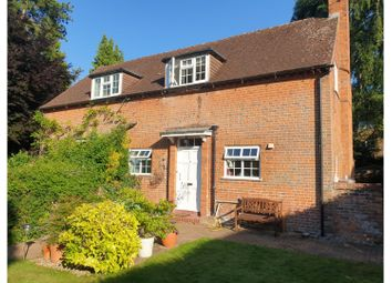 2 bed maisonette for sale in The Mews, Guildford GU1