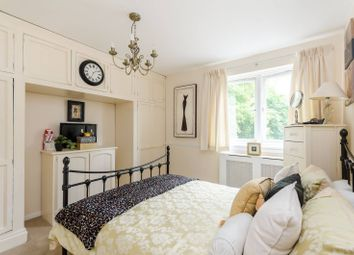 Thumbnail 3 bed terraced house for sale in Bletsoe Walk, Islington