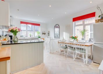 2 bed maisonette for sale in Southfield Road, London W4