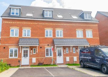 3 bed town house for sale in Mclaren Place, Morley, Leeds LS27