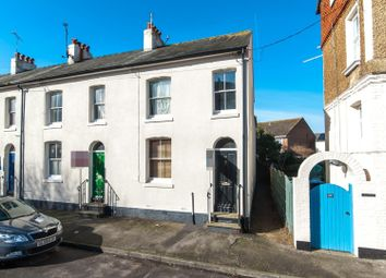 Thumbnail 1 bed flat to rent in Liverpool Road, Walmer, Deal
